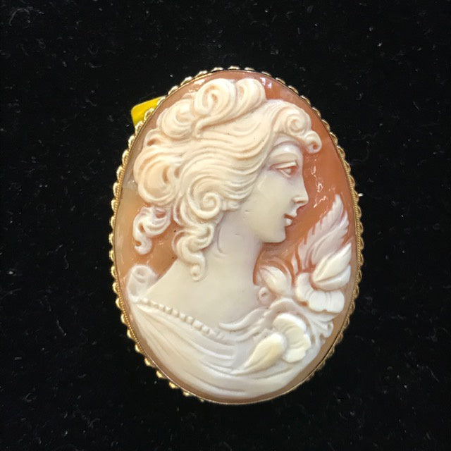 JB0193 14kt Cameo Brooch Pendant of Lady Facing Right