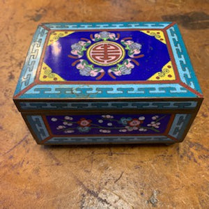 DC0101 Chinese Cloisonné Box Decorated with Cherry Blossoms and 5 Bats