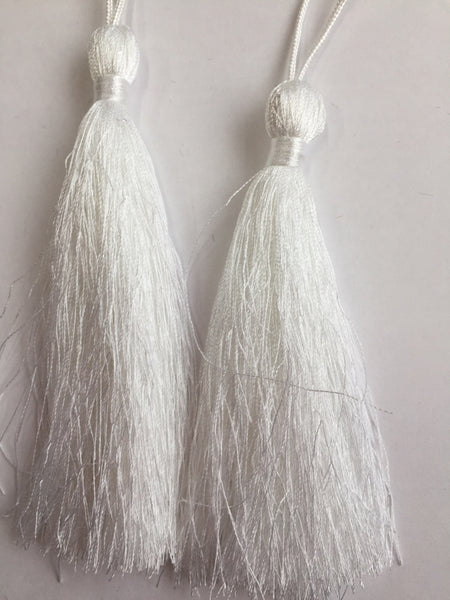 Luxury Silky Tassels 10 cm Assorted Colours White