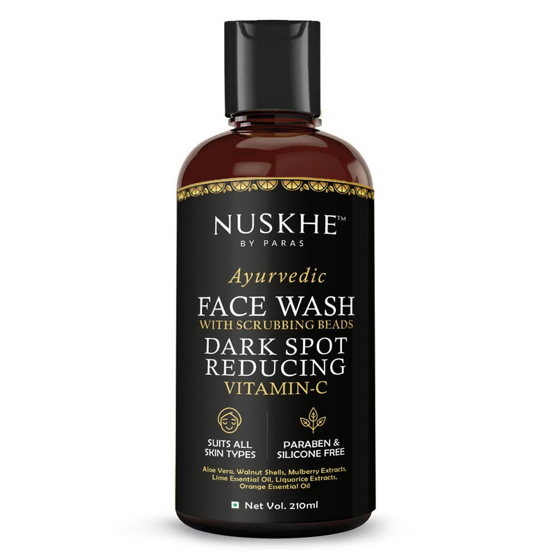 Nuskhe by Paras Dark spot reducing Vitamin C Face wash with scrubbing beads