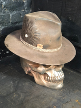 "Load image into Gallery viewer, Vintage rare custom hat "" El corazón espinado """