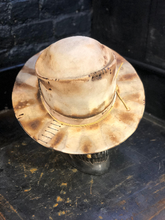 "Load image into Gallery viewer, Vintage Rare Custom HAT ""IMPETUOS SUN"""