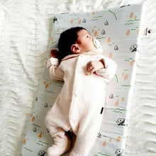 Load image into Gallery viewer, NapNap mat - White - NapNap Vibrating Sleep Mats for babies - An innovation in Smart Baby Tech