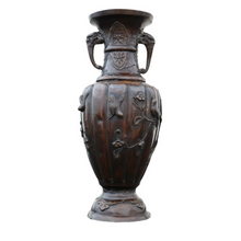 Load image into Gallery viewer, Quality Early Meiji Period Japanese Bronze Vase