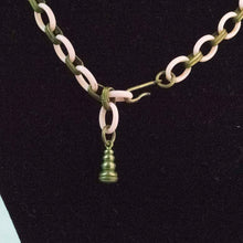 Load image into Gallery viewer, 1950's Pink Necklace