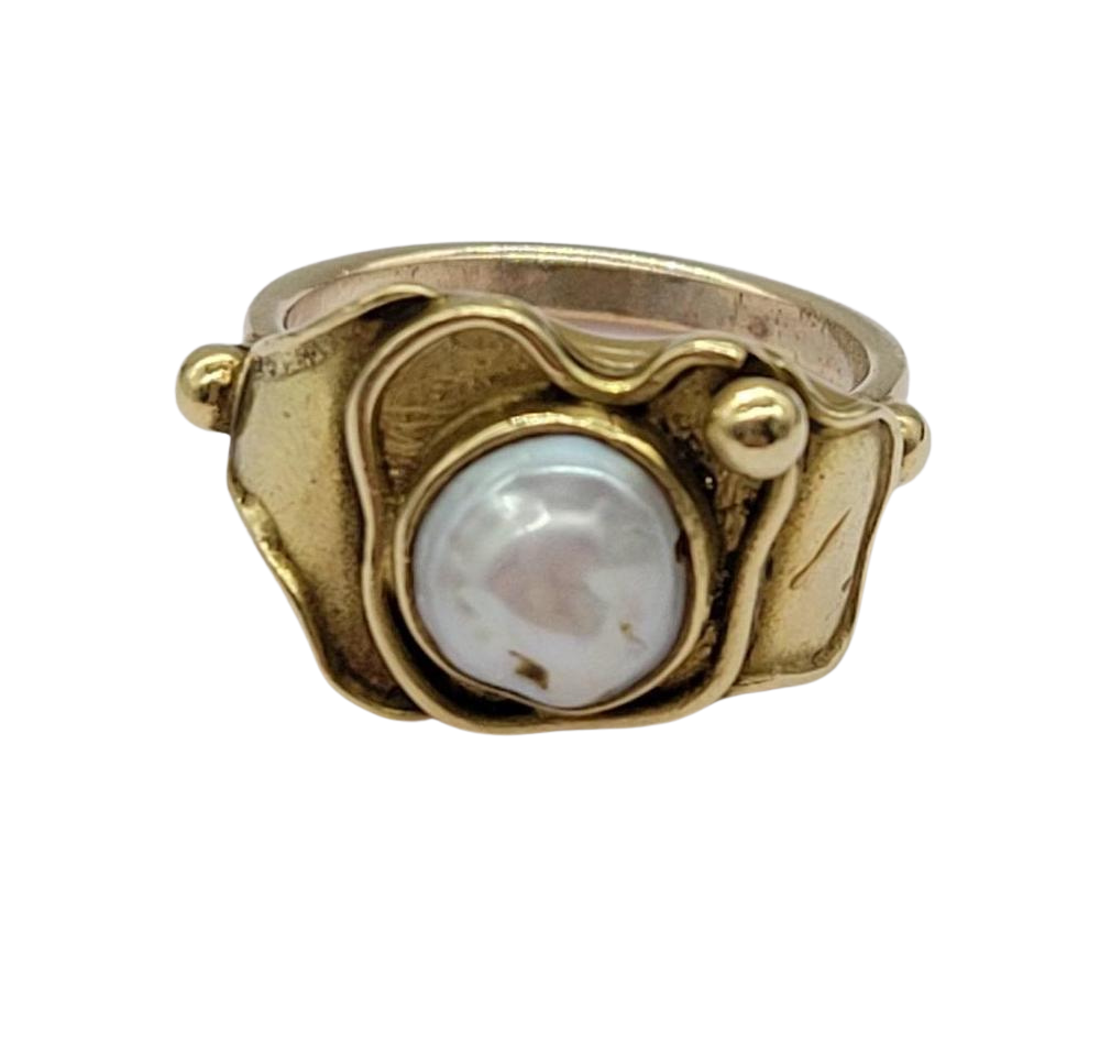Ornate Vintage 9ct Gold Pearl Ring
