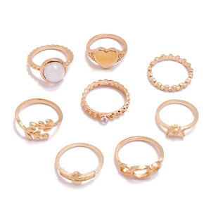 8 Piece Bee Ring Set
