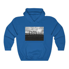 Load image into Gallery viewer, Citi Field Sunset Black & White - Unisex Heavy Blend™ Hooded Sweatshirt