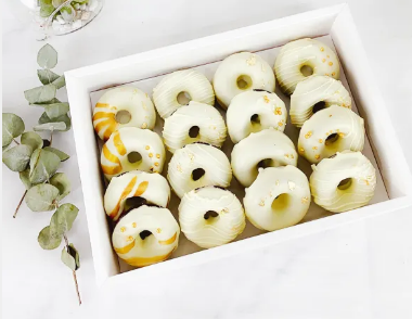 White Ombre Donut Gift Box (2 days Preorder)