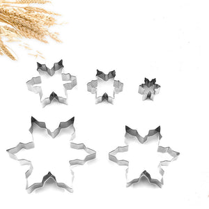 6 PCS/SET CHRISTMAS SNOWFLAKE COOKIE CUTTER