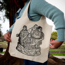 Load image into Gallery viewer, Echemos Abajo El Capitalismo tote bag with thick handles