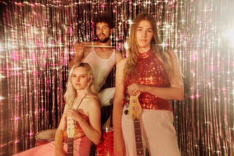 MERMAIDENS RELEASE SPARKLING VIDEO FOR BRAND NEW SINGLE, 'SOFT ENERGY'
