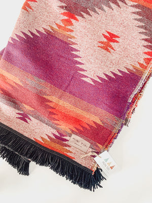Mini Tipi Horizon Everyday Blanket