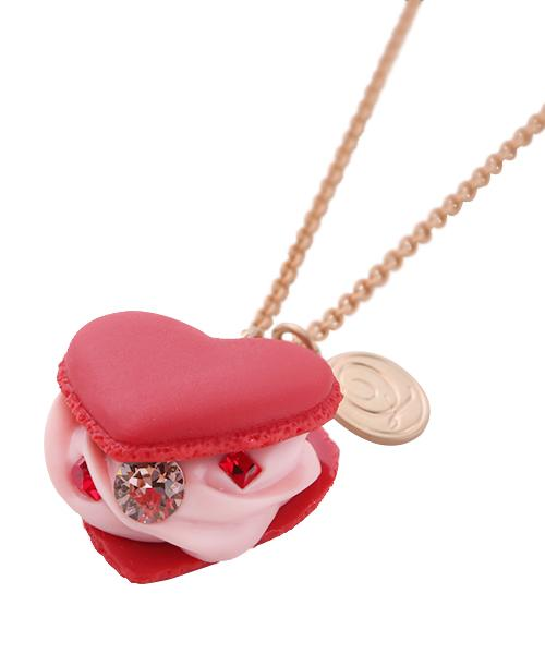 Love Heart Strawberry Heart-shaped Macaron Necklace (Red)