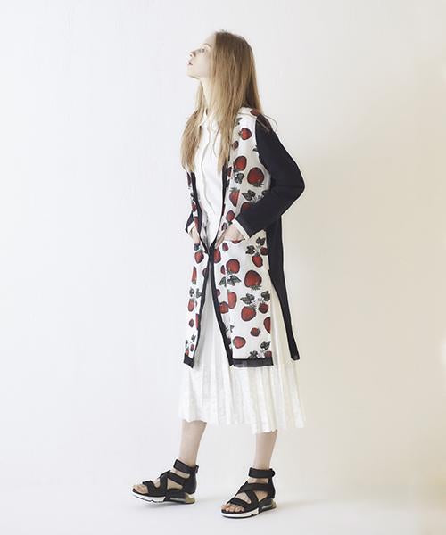 Strawberry Field Long Cardigan (Black)