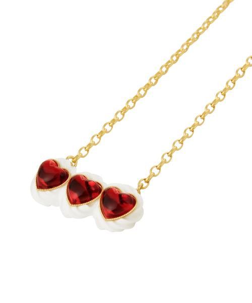 Red Heart Studs× Cream Necklace