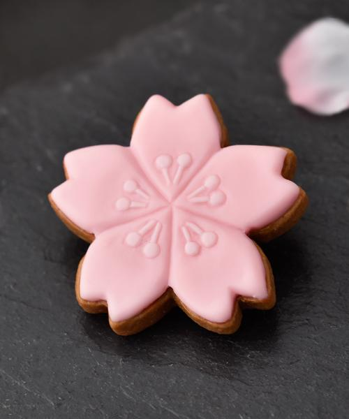 SAKURA Sugar Cookie Brooch