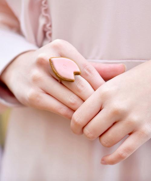 SAKURA Sugar Cookie Ring