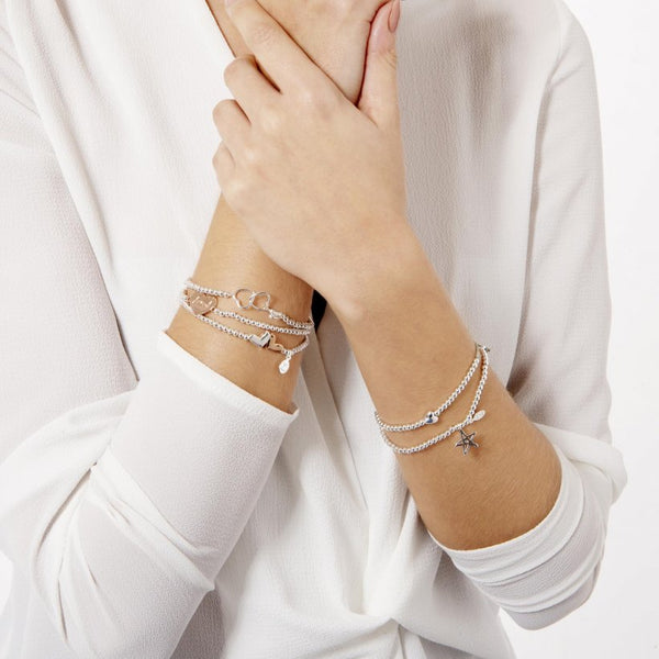 Joma Jewellery | a little Friendship Bracelet