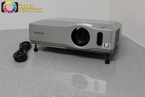 Hitachi CP-X401 3 LCD Projector 3000 Lumens Fully Tested FREE SHIPPING INCLUDED