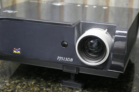 Viewsonic PJ513DB DLP Projector Being Sold For Parts Or Repair FREE SHIPPING