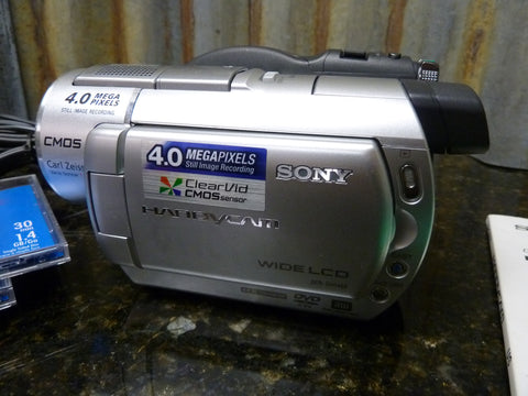 Sony DCR-DVD408 Camcorder Direct To DVD Camcorder No Need To Transfer Free S&H