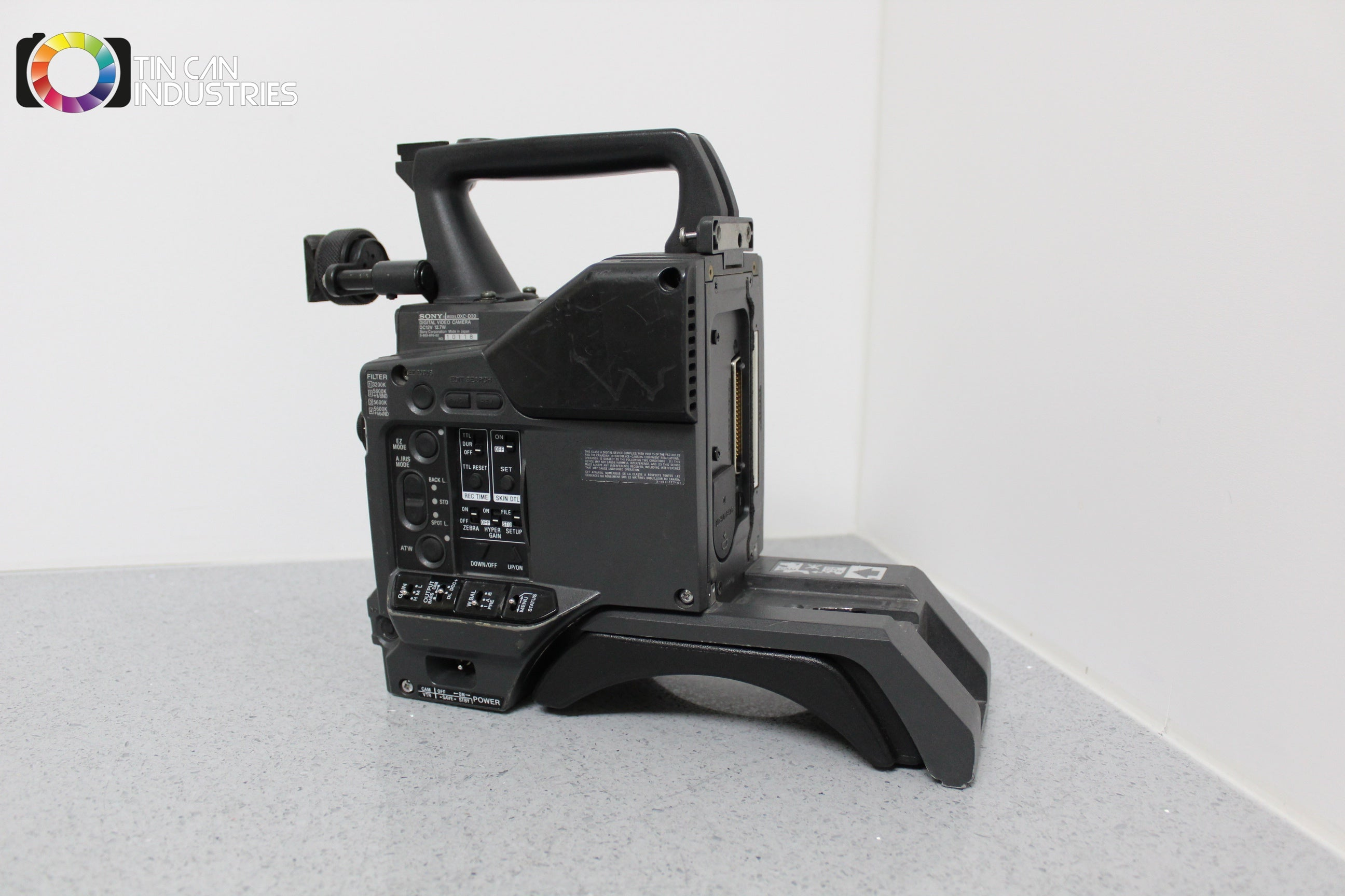 sony dxc d30 camera body powers on bad pixels sold for parts or rh tincanindustries com sony dxc d30 manual Sony DAV HDX576WF Manual