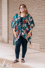 Load image into Gallery viewer, Hunter Floral Tie Kimono