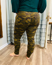 Load image into Gallery viewer, JB Camo Skinny