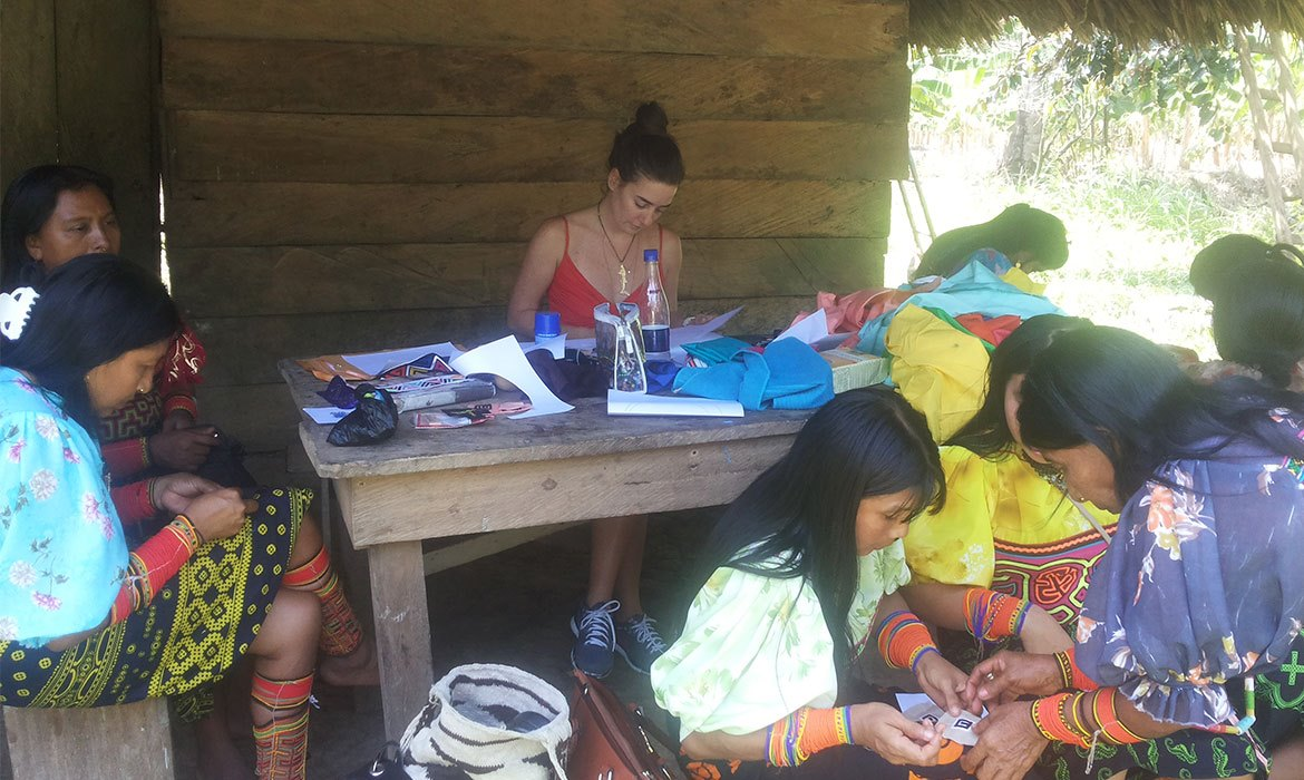 DISCOVERING OUR ORIGINS: A TRIP TO THE KUNA TULE INDIGENOUS COMMUNITY IN URABA, COLOMBIA.