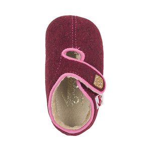 see kai run cruz crib shoe - berry sherpa