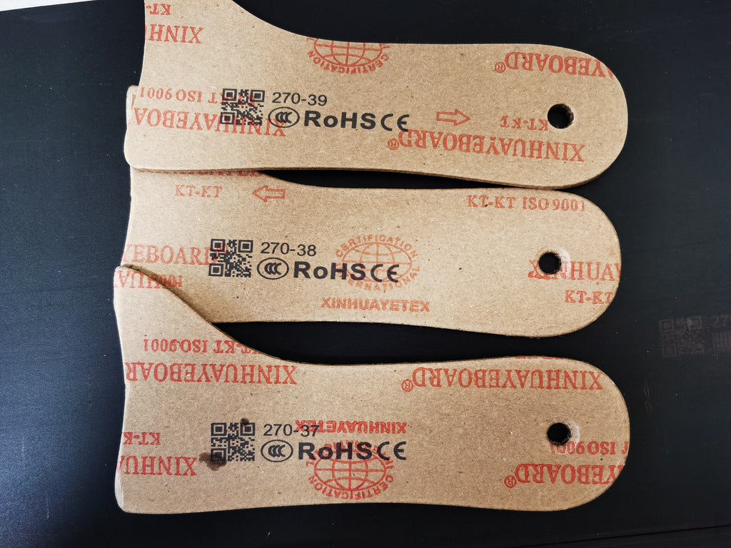 inkjet coding barcode, CE mark, rohs, QR code and batch number on date on the paper with SoliJet handheld inkjet printer gun for plastic