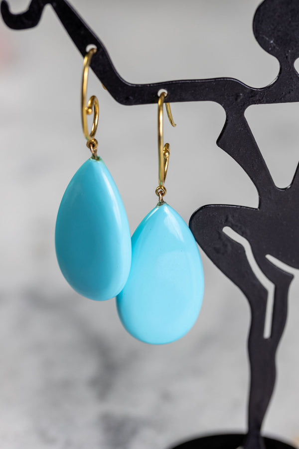Turquoise & Yellow Gold earrings