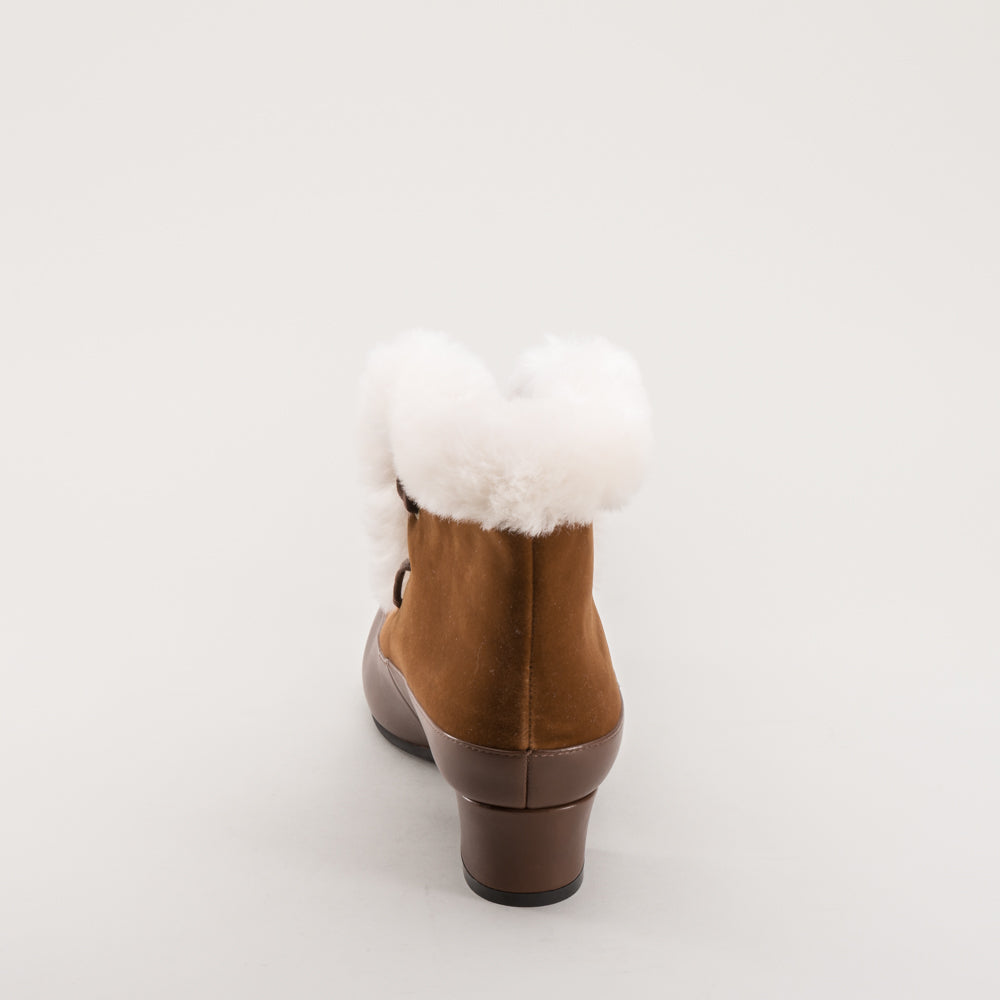 IMPERFECT Alpen Retro Winter Booties (Brown/Ivory)