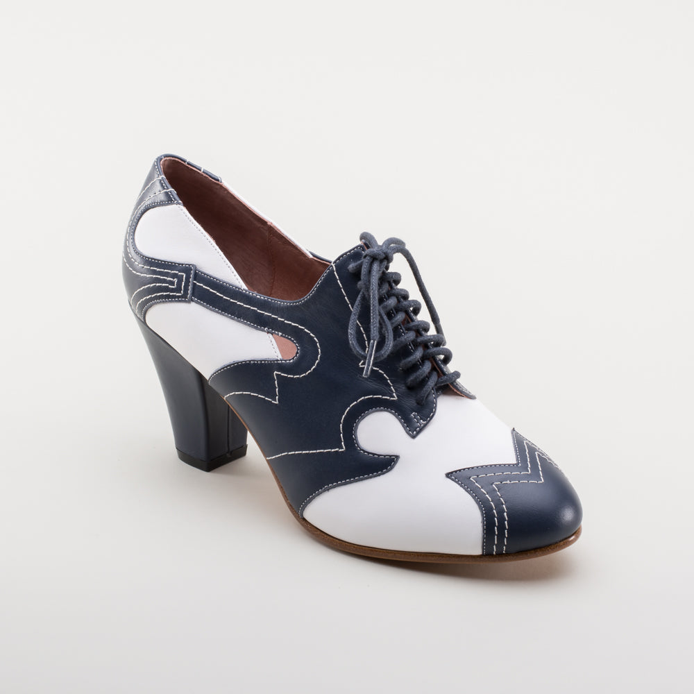 PRE-ORDER Lulu 1940s Oxfords (Navy/White)(1935-1950)