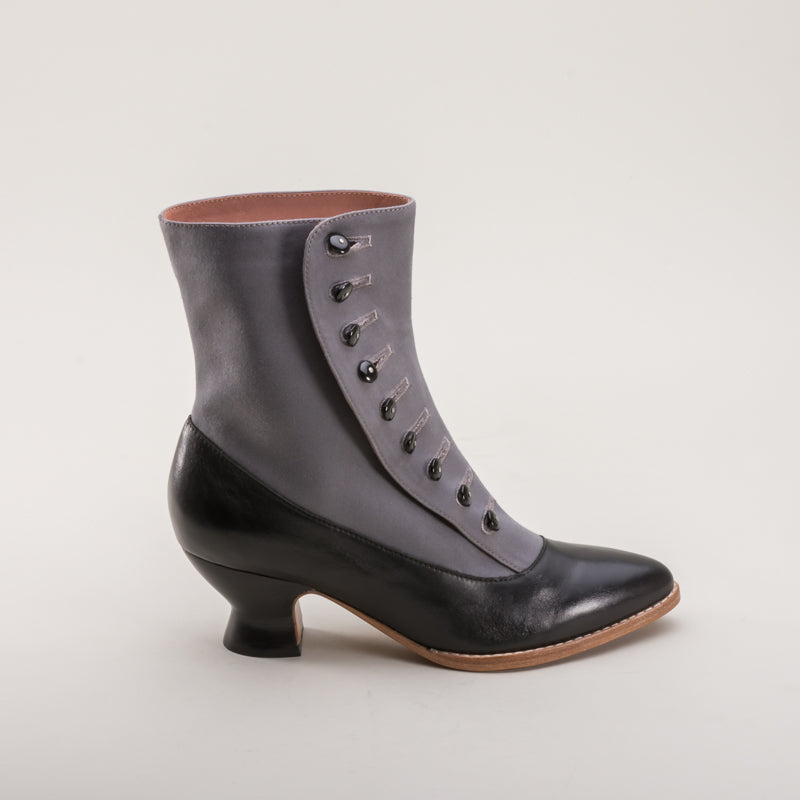 Manhattan Button Boots (Grey/Black)(1890-1920)