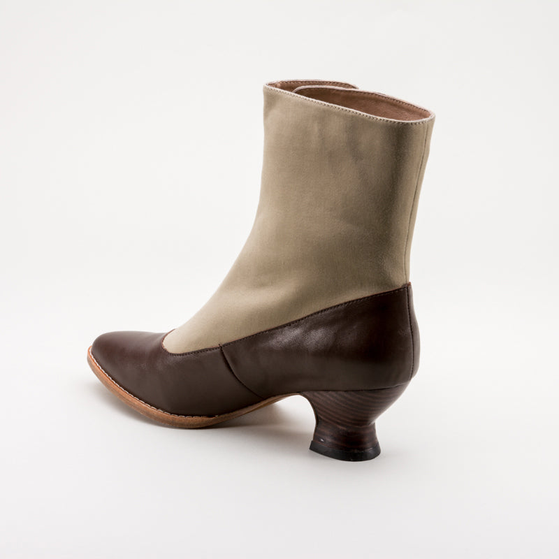 Manhattan Button Boots (Brown/Tan)(1890-1920)