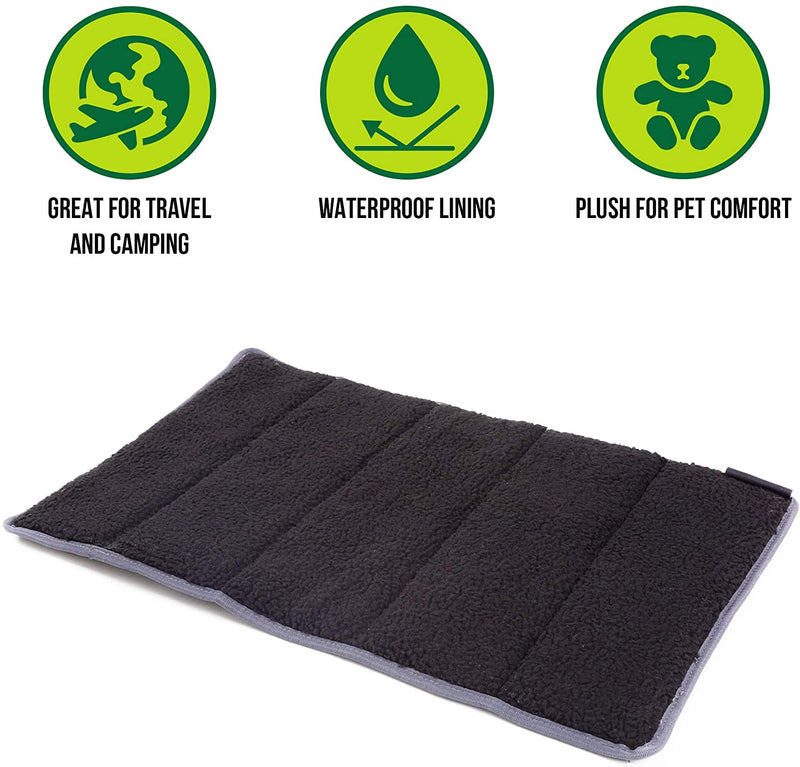 TRAVEL PET PAD - MEDIUM