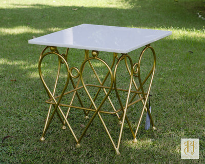 INTRICATE GOLDEN CROWN SQUARE TABLE Table Vayu