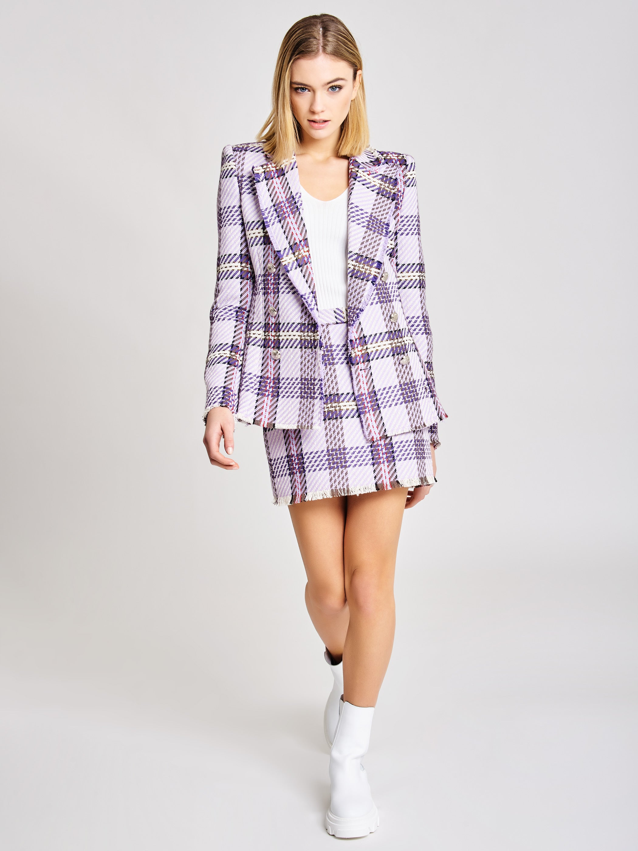Blazer with frayed hem