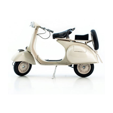 Miniature Die-Cast Vespa Model 1:6 Oldtimer