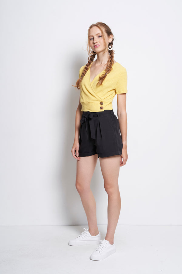 Women Tied Front Mid Rise Short Pants  - Black