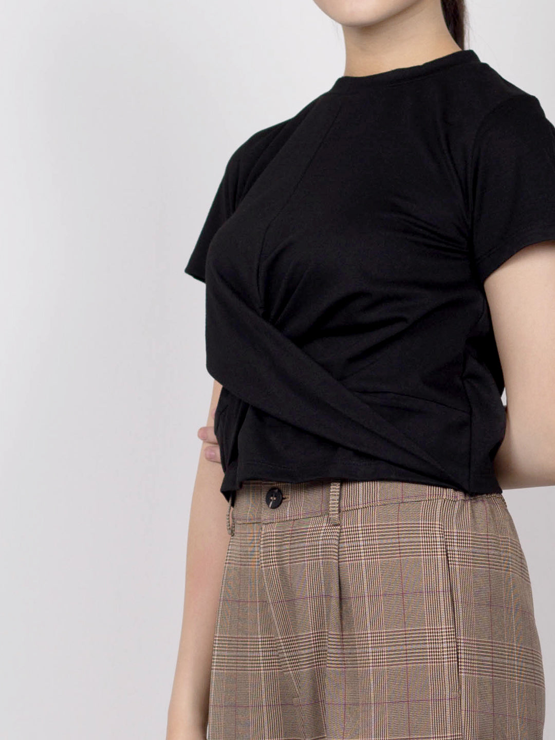 Twist Front Short Sleeve Blouse - Black - YCH20F2262