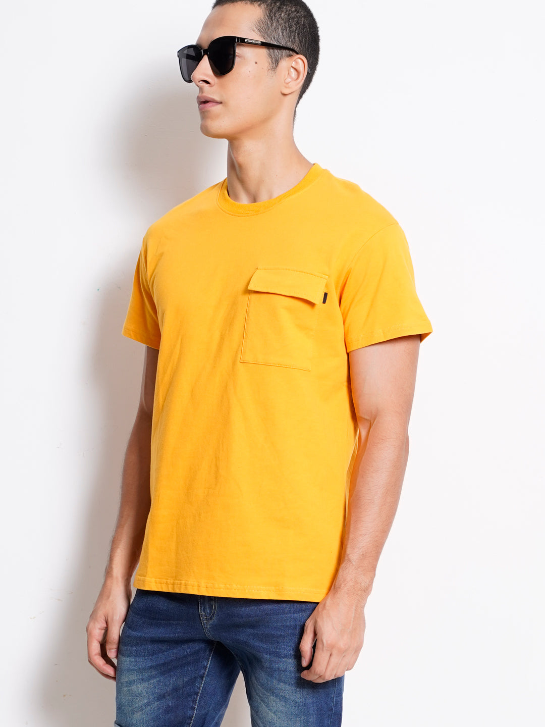 Men Short Sleeve T-Shirt With Pocket - Yellow - XGM20H2371