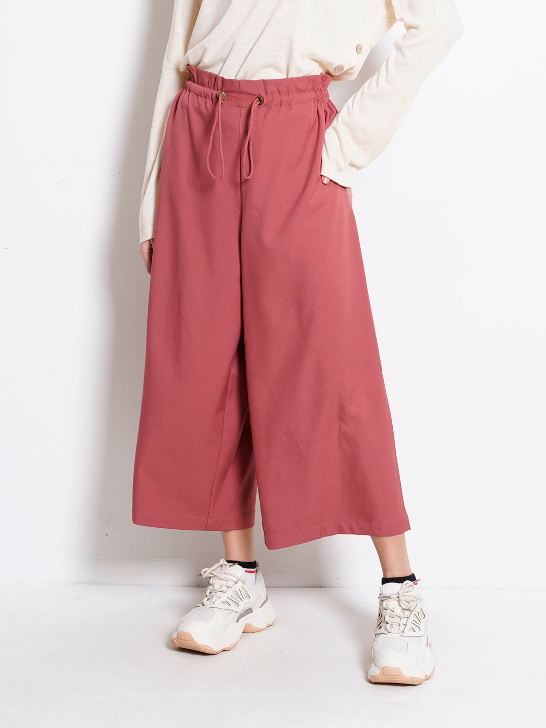 Women Paperbag Woven Culottes - Dark Red