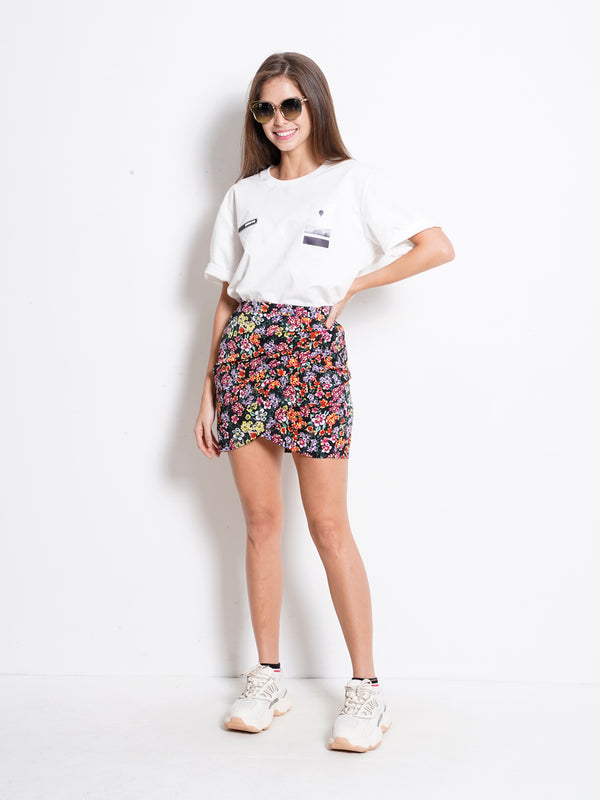 Floral Short Skirt With Slit - Black