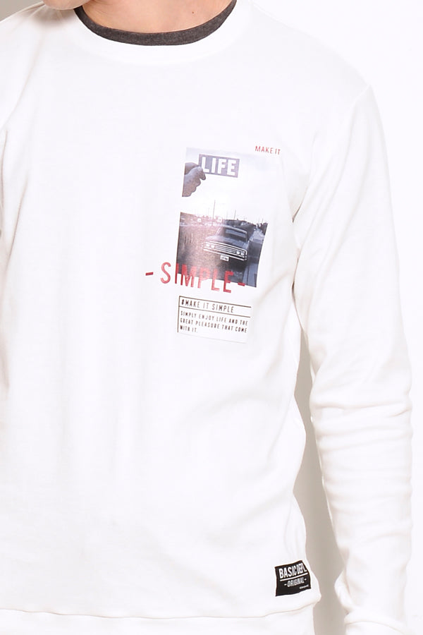 Long Sleeve Graphic Sweatshirt - White