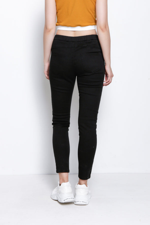 Slim Fit Jegging - Black