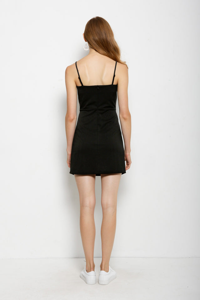 Strap Dress With Front Cross Tied - Black