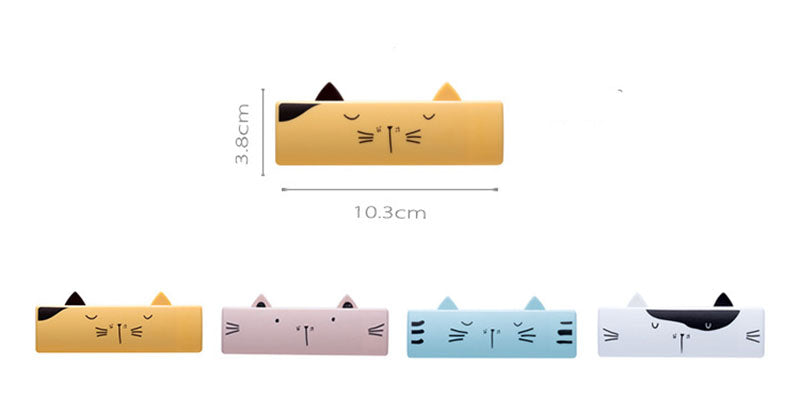 Cat Face Portable and Washable Lint Roller Size